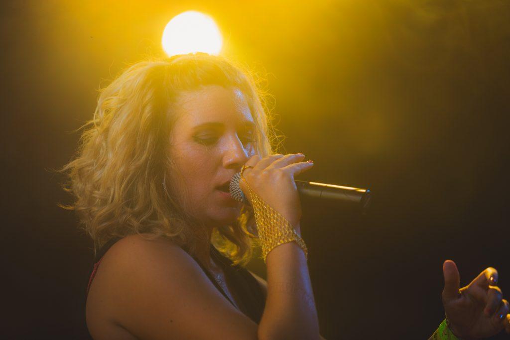 Vera Jonas on stage